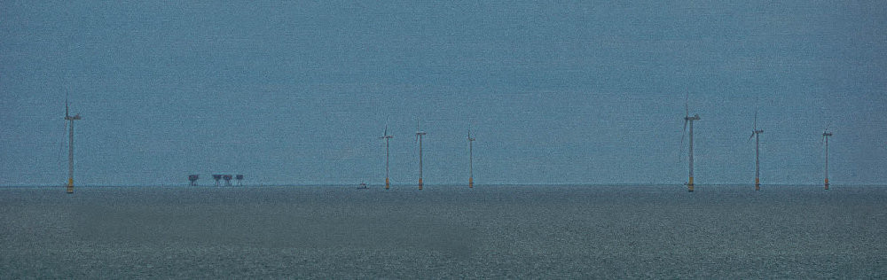 Red Fort turbines Thames estuary