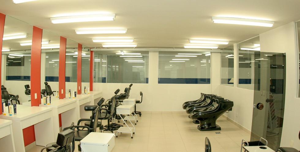 Laboratório de Estética (Visagismo) 1-mi