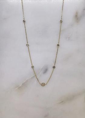 Collier en or jaune 18 carats pavé de sept diamants taille rose