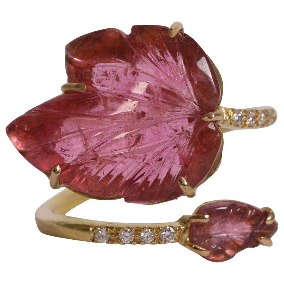 Engraved Pink Tourmaline Leaves Ring Created by Marion Jeantet
