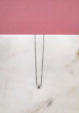Collier en or blanc 18 carats pavé d'un brillant de 0,70 carat