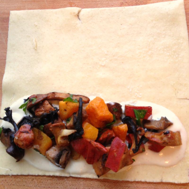 butternut and mushroom cannelloni3_edited.JPG