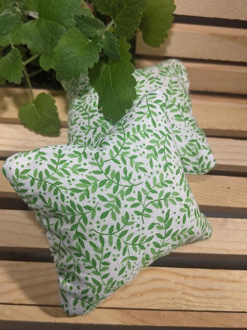 Catnip Pillow in Leaf Pattern