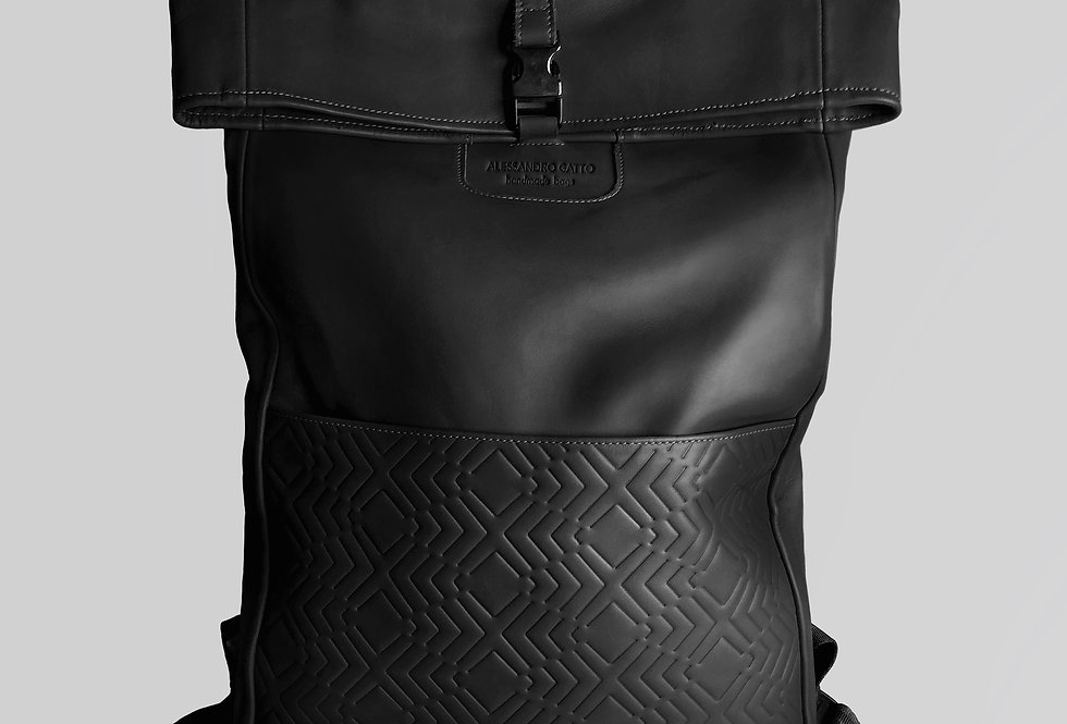 "Namib ""Black leather"""