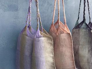 マータの手織りのバッグ