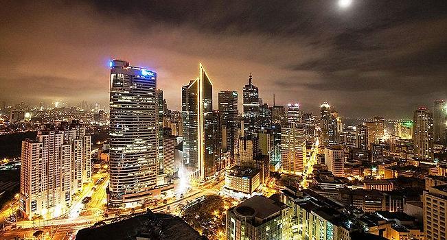 800px-Nightly_skyline_of_Makati,_Metro_M