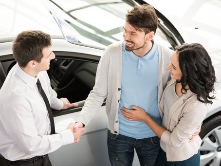 Venta de autos: Los trucos de venta más comunes que usan los distribuidores contigo.