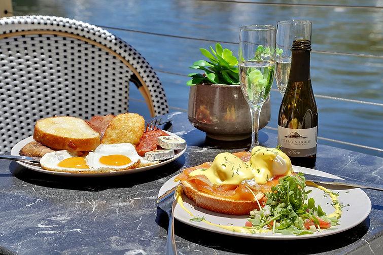 waterfront restaurant for lunch  Bobbin Head Sydney.jpg
