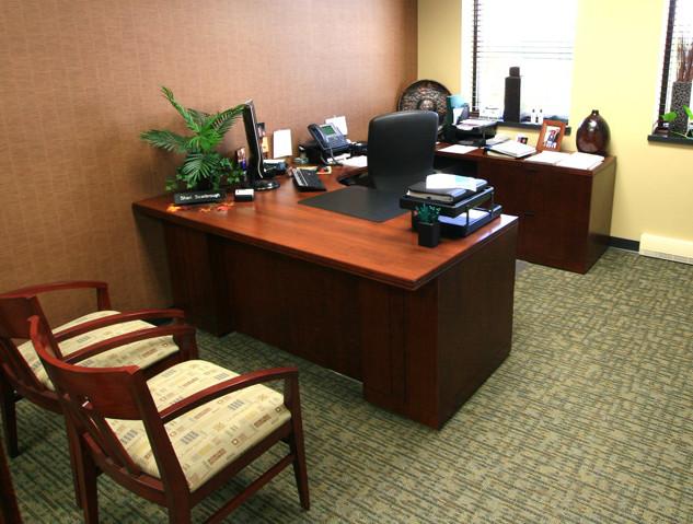 MidWestOne-Bank-Office.jpg