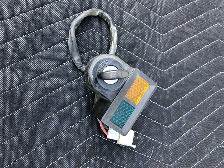 1980-1982 Honda XL 185 Ignition switch with Key