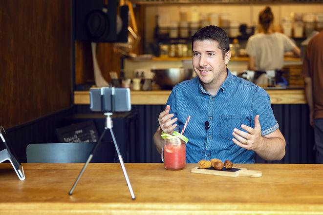 Social media influencer or food blogger