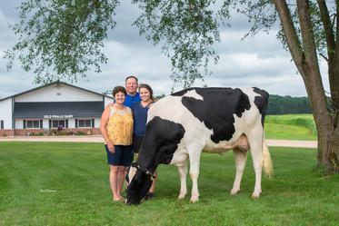 Holstein International.jpg