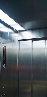 cabina elevador porto alegre