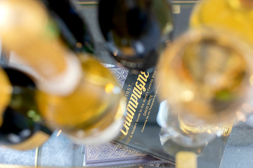 NLF - champagneboek en glazen.jpg