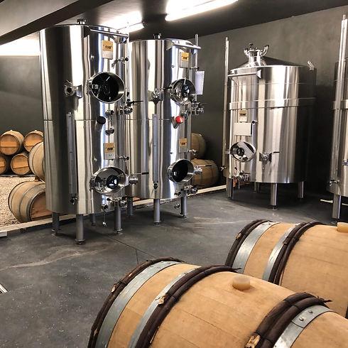 SC - Houten vaten en RVS tanks champagne