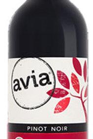 Avia Pinot Noir
