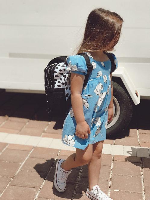 שמלה תכלת פרחונית