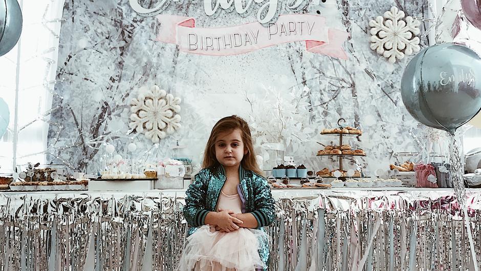 יום הולדת פרוזן לאמילי