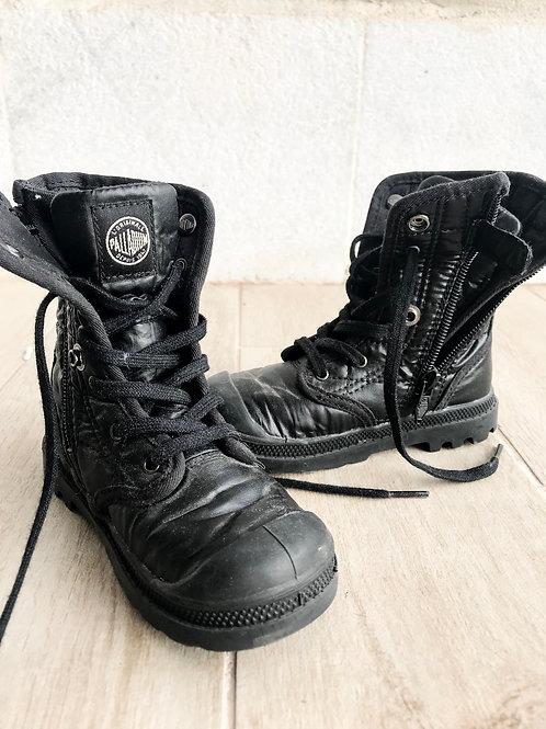 נעלי פלדיום