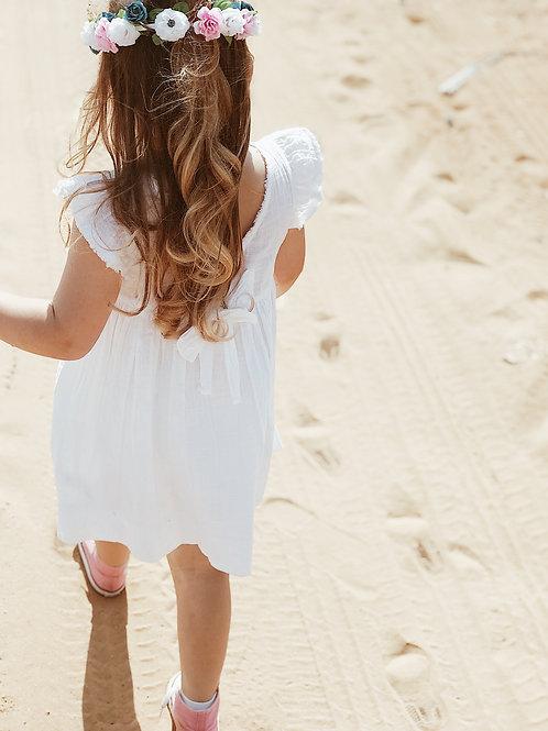 שמלה לבנה עם פפיון