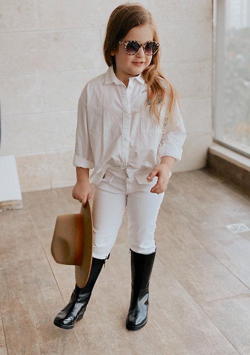 מכנסיים לבנים