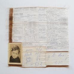「Motif de Mme Eugénie Coulonnier #3」 Cheveux, photo, documents / tissage 40×40cm / 2021