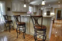 White Glaze Peninsula and Kitchen