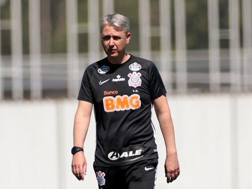 Alvo definido, direção tricolor avança por Tiago Nunes