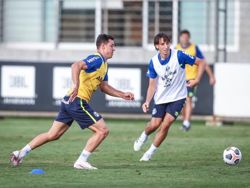 Geromel e Churín são reintegrados e voltam a treinar