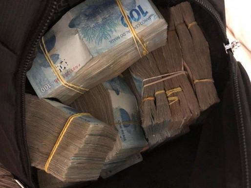 Estelionatários fazem vítimas perderem mais de R$ 43 mil.