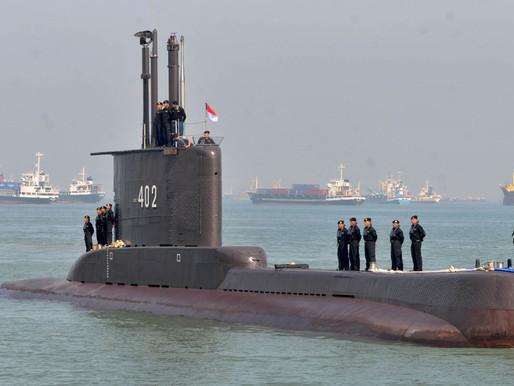 Submarino que sumiu na Indonésia é encontrado com 53 tripulantes mortos