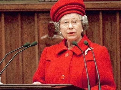 Rainha Elizabeth II faz 95 anos nesta quarta; veja fotos históricas