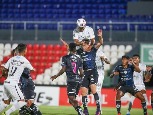 Grêmio sai na frente, tem gol mal anulado e perde de virada para o Del Valle na Liberta