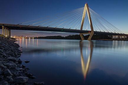 Bond Bridge photo.jpg