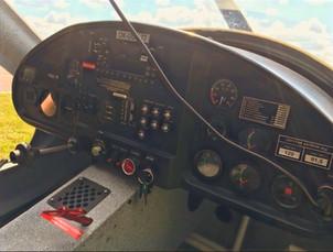 Skyleader GP-ONE OK-UUU 77 cockpit