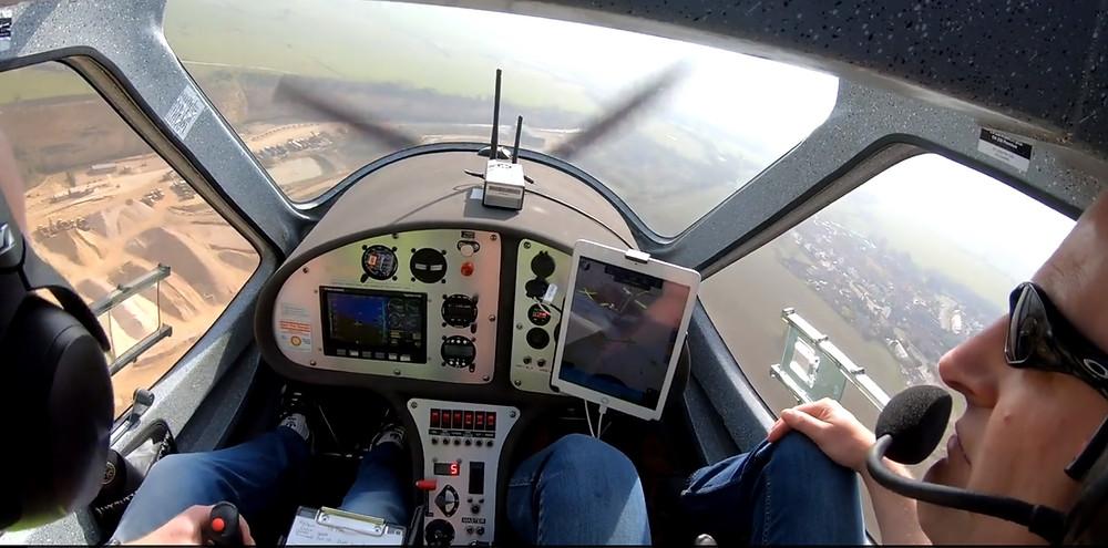 Flight Design CTSW landing at Fishburn.