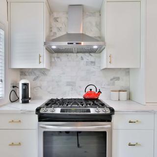 22_Kitchen.jpg