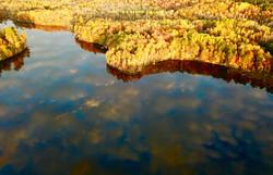 Minnesota lakeside fall colors