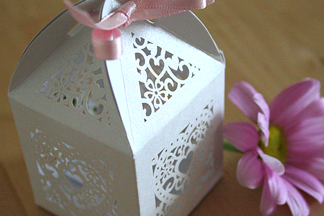 Capercaillie Cards - Wedding favour box - Love Hearts