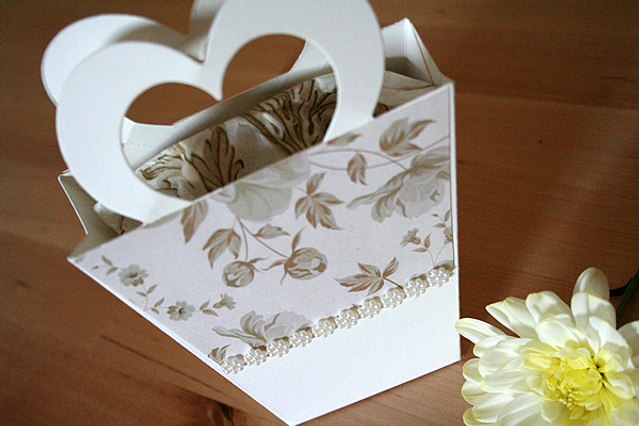 Capercaillie Cards - Wedding favour box - Marie's Heart Bag
