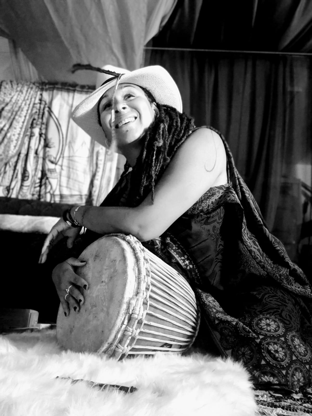 Mkali Carole Dansi