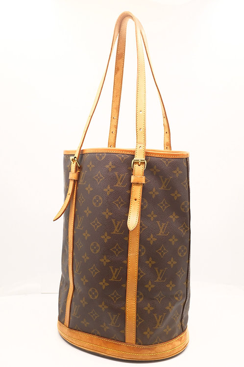 Louis Vuitton Bucket GM in Monogram Canvas