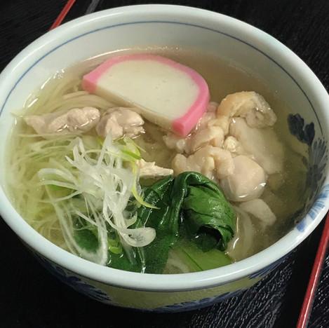 ウエムラ製麺の鶏麺