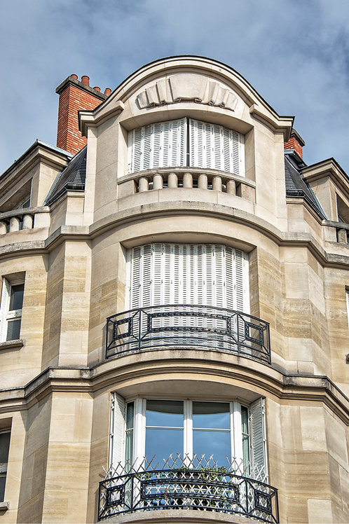 Corner Apartments in Paris