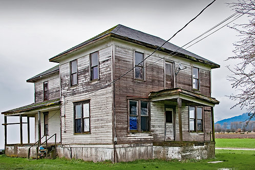 Forgotten Homes in Conway