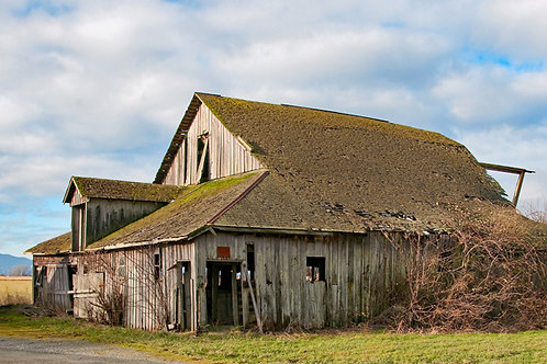 Bayview / Edison Road Barn
