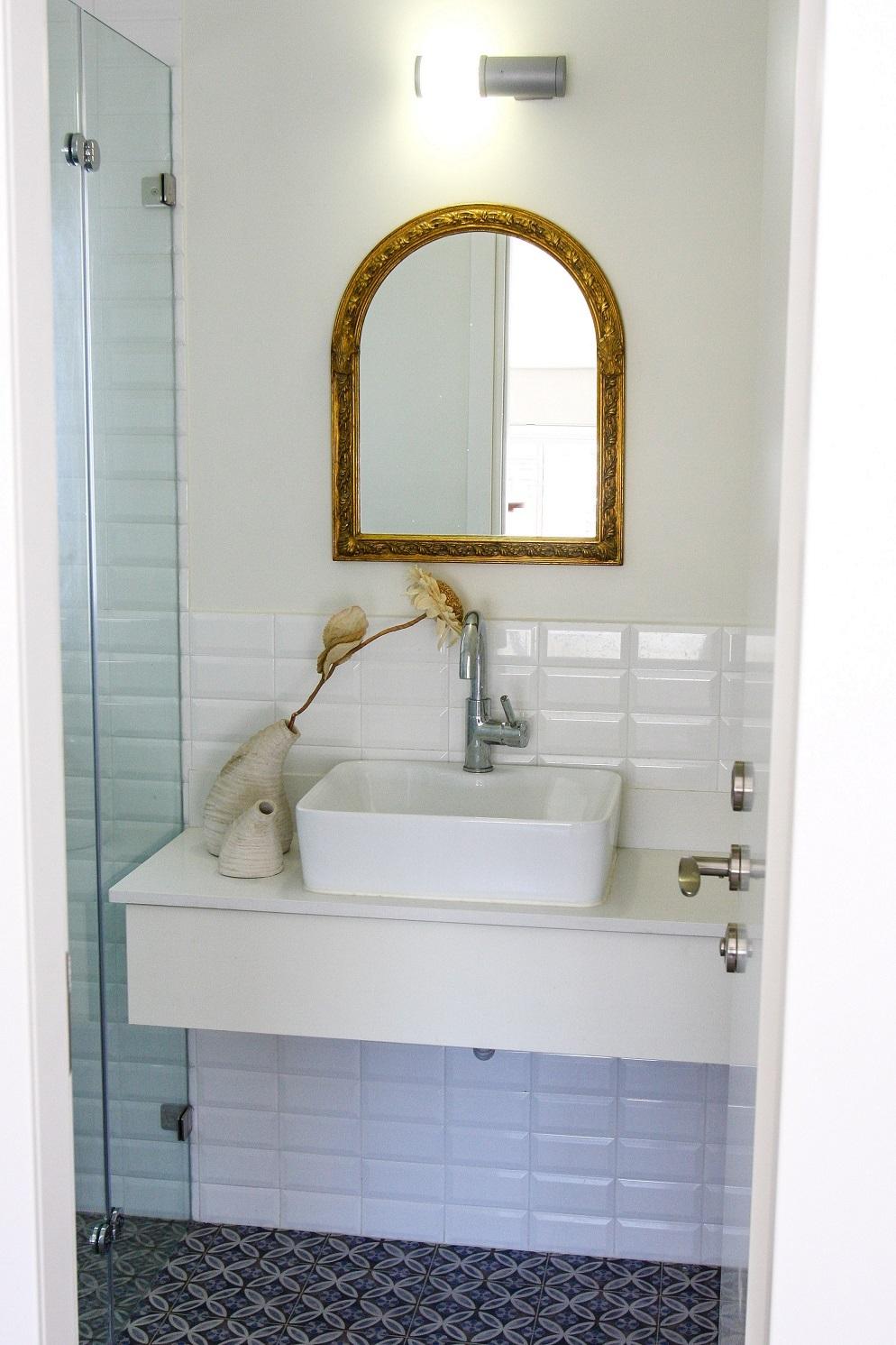 חדר אמבטיה קומה 2
