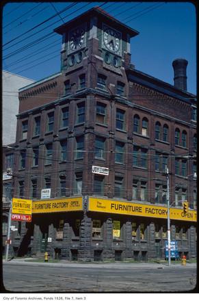 Clocktower_Building_1977-2_-_Copy.jpg
