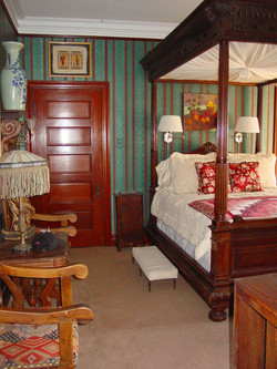 The James Dempsey Grand Suite