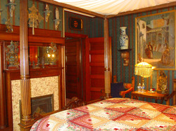 DENPSEY SUITE Bedroom
